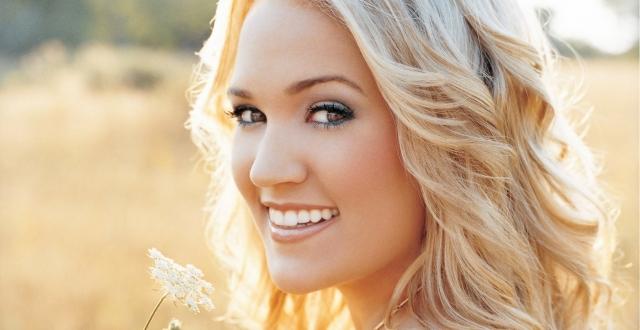 Augenbrauen- Make-up  Kosmetikprodukte und Tricks
