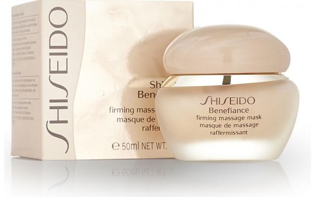 Die straffende Maske Maske Firming Massage Mask von Shiseido.