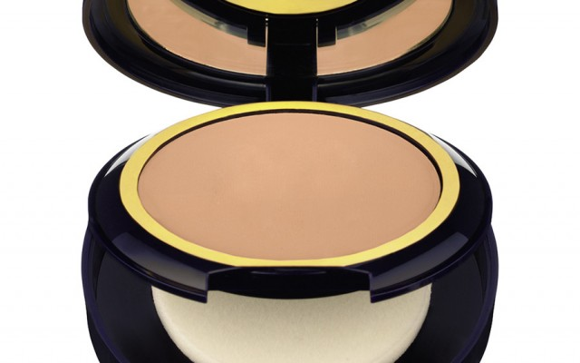 Puder Invisible Powder Makeup von Estee Lauder
