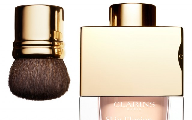 Looses mineral Puder von clarins: Skin Illusion Fond de Teint Poudre Libre
